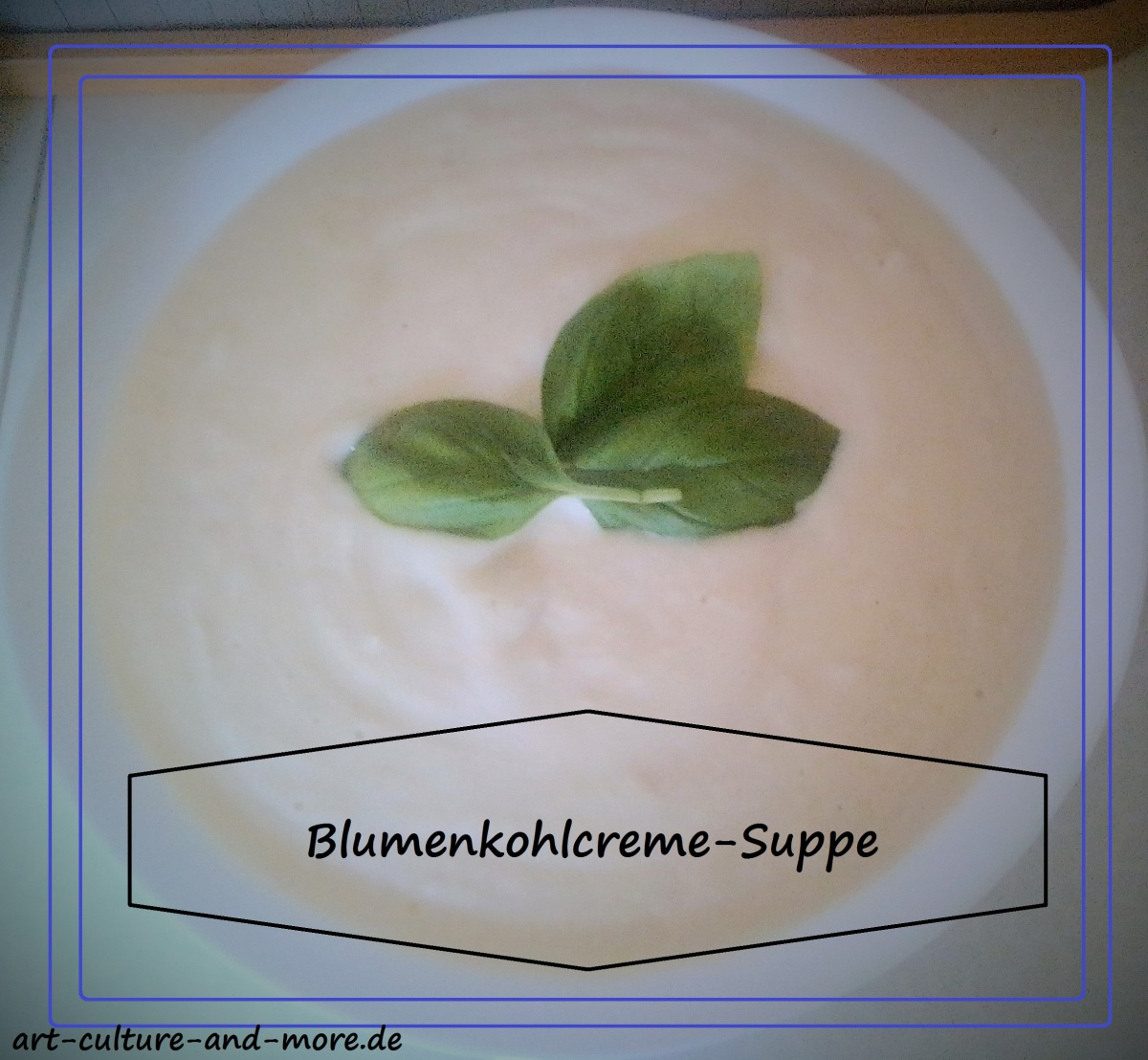 Blumenkohlcreme-Suppe [Low Carb]